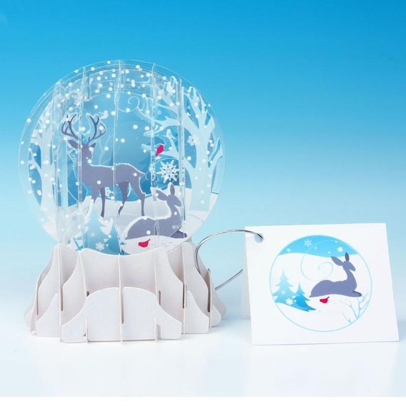 Felicitare 3D tip glob - Caprioare in zapada
