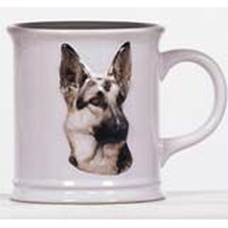 Cana cu catel rasa german Shepherd in relief