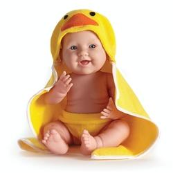Bebelus baietel cu prosop cu gluga