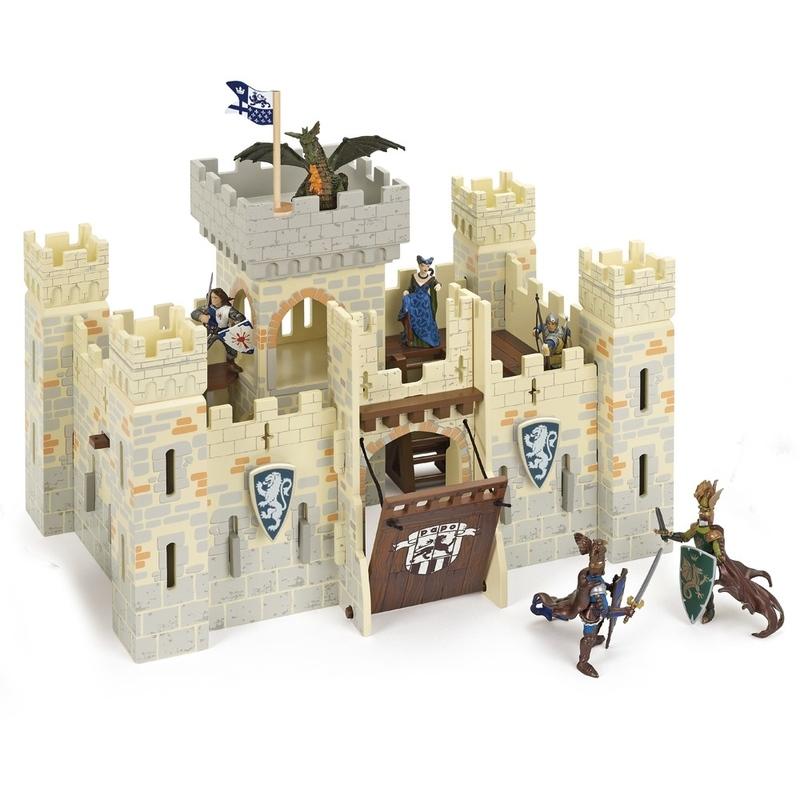 Castel Papo din lemn-Castelul cavalerilor alb
