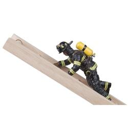 Figurina Papo-Pompier US pe scara