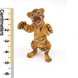 Tigru pui ridicat - Figurina Papo